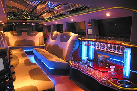 H2 Hummer Limousine in Long Island