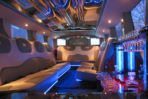 H2 Hummer Limousine in Bronx