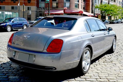 Bentley limousine for prom