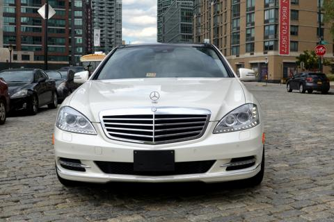 Mercedes S550 Limousine in NY