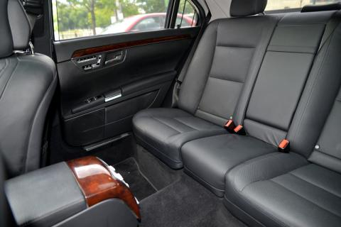 Mercedes S550 Limousine in Long Island