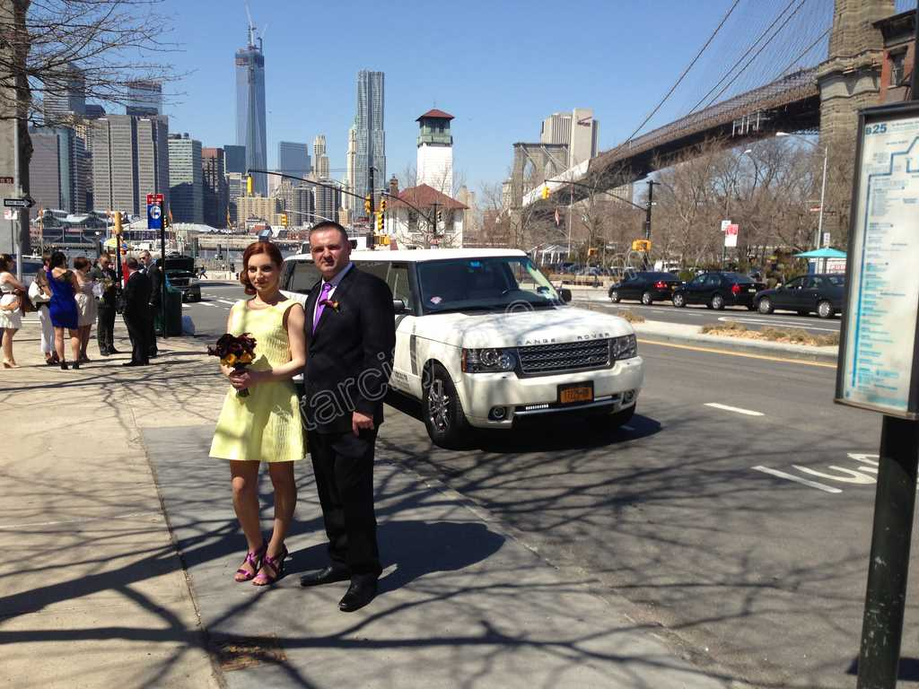 Range Rover Limousine Wedding at Brooklyn Bridge