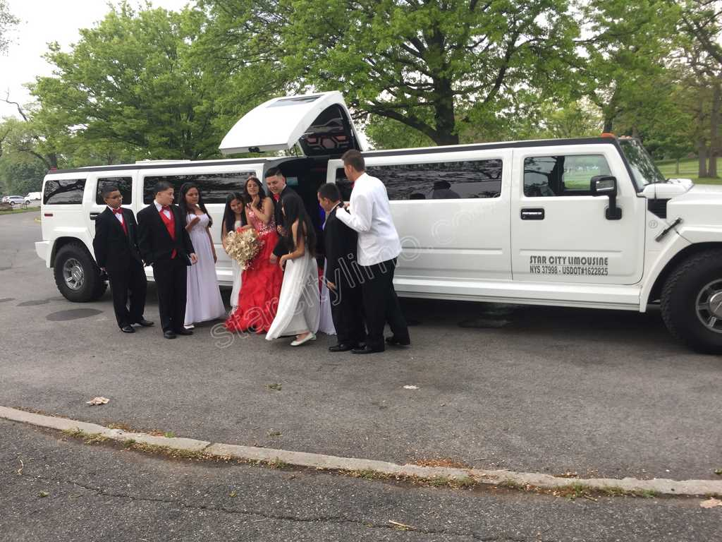 Sweet Sixteen with Hummer Limousine in Brooklyn